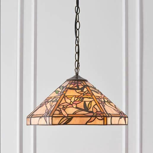 Clematis Medium Tiffany Glass Pendant Light